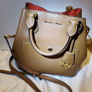 Michael Kors small Crossbody purse
